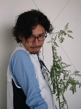 古澤さんとクソニンジン.JPGのサムネイル画像